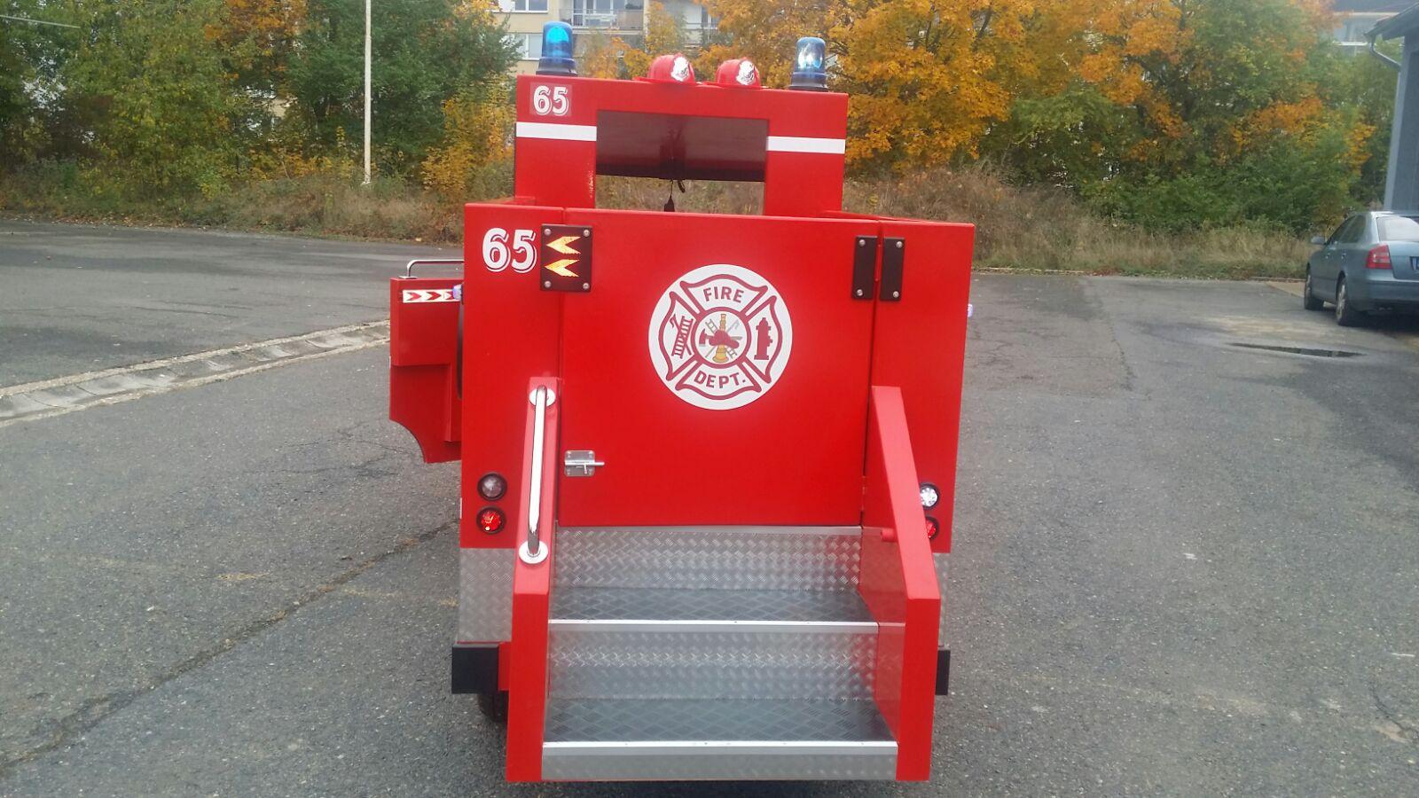 аттракцион пожарная машина