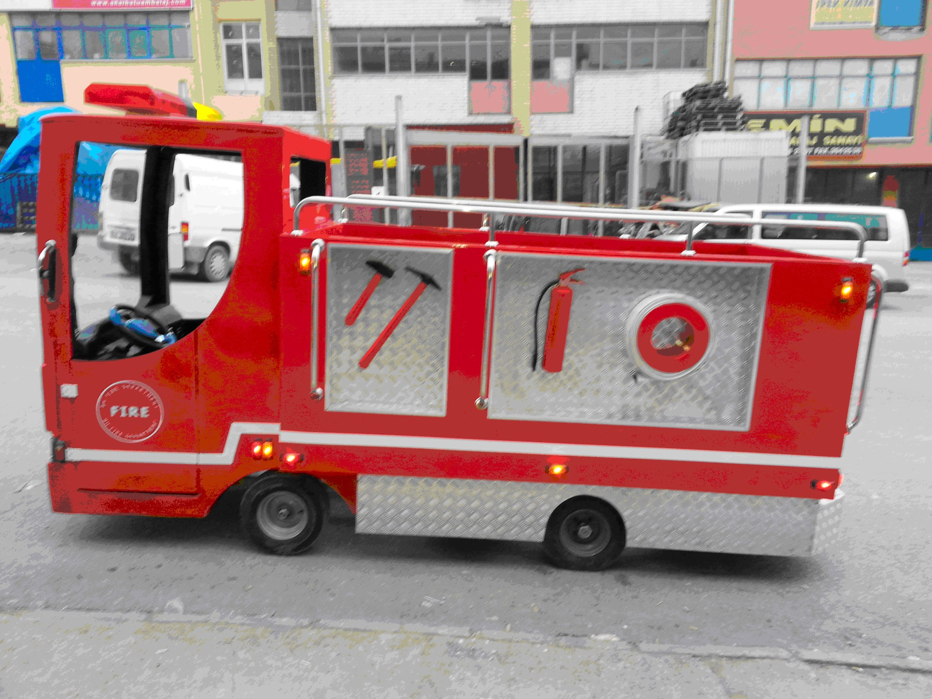 пожарная машина, аттракцион паровозик, панда
